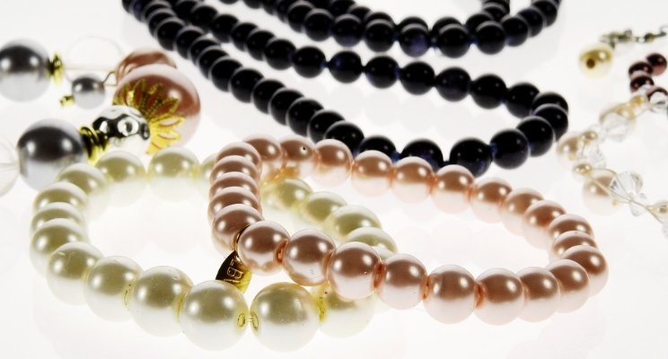 Smart Jewellery gifts for your Girls and Women - by Dr.Isabel Perry, 21stCenturysafety